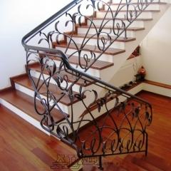 balustrady-schodowa-wewnetrzna-metalowa-kuta-b146a