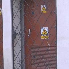 kraty-metalowe-na-drzwi-gr-105